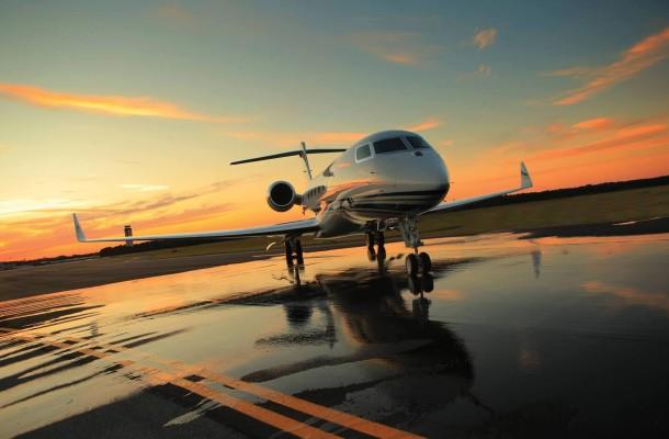 private-jet-610x400
